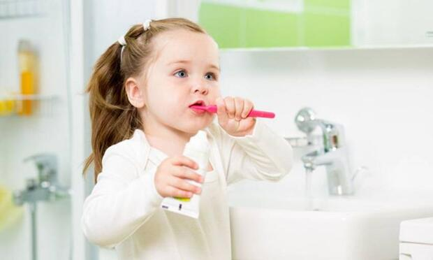 diş fırçalama, çocuklarda diş fırçalama, çocuklara diş fırçalama alışkanlığı kazandırma
